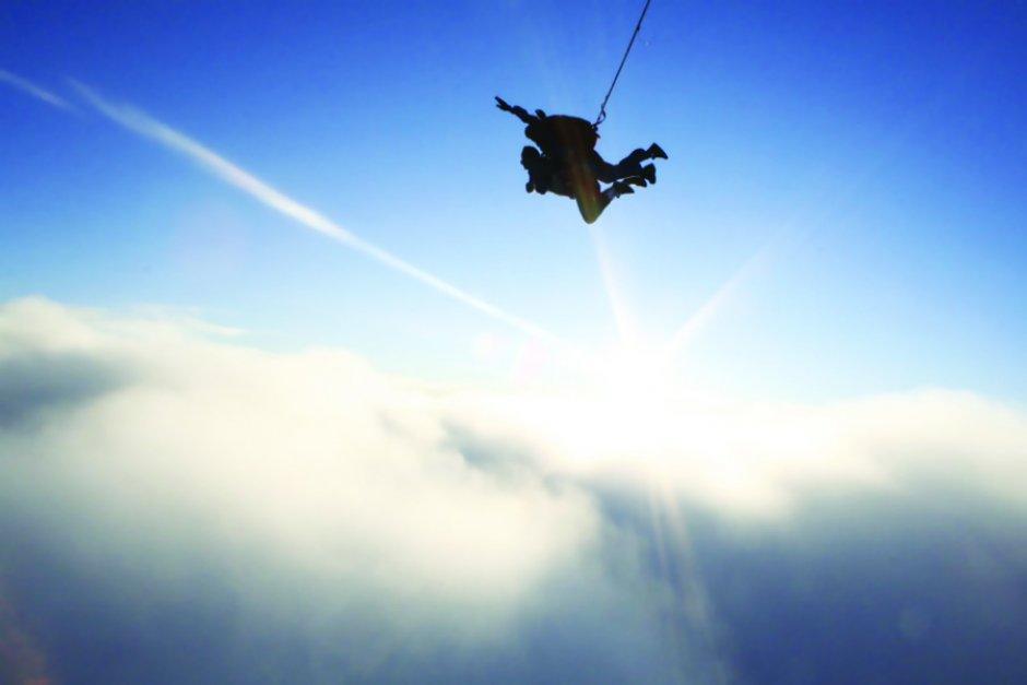 Top 5 les choses que l on r ve de faire c 39 tait - Saut en parachute nevers ...