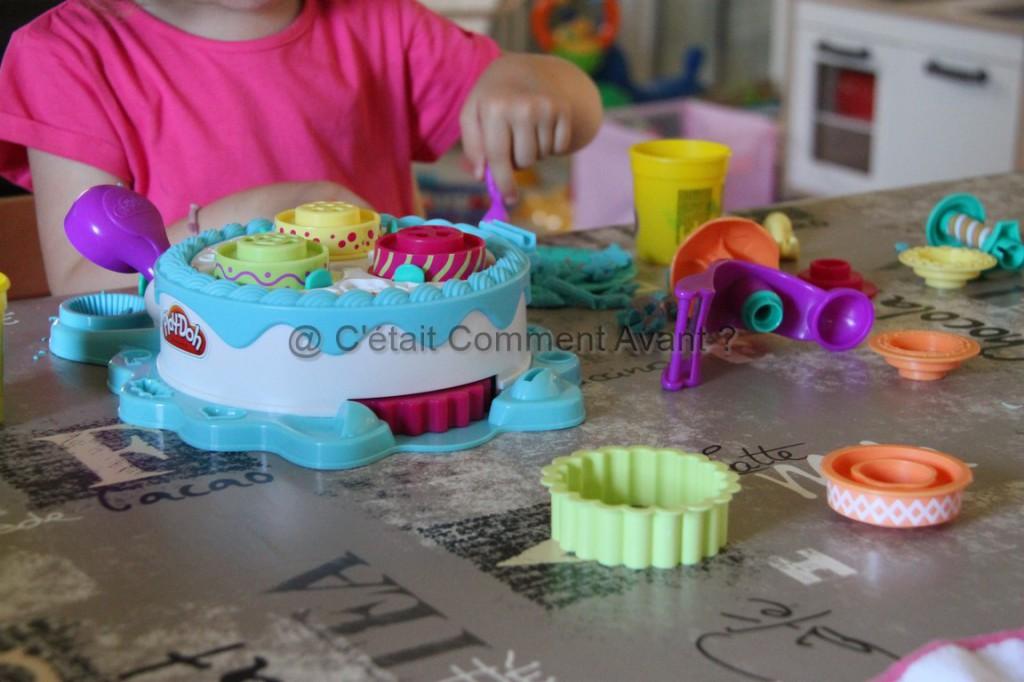 Faire des cupakes en pâte à modeler