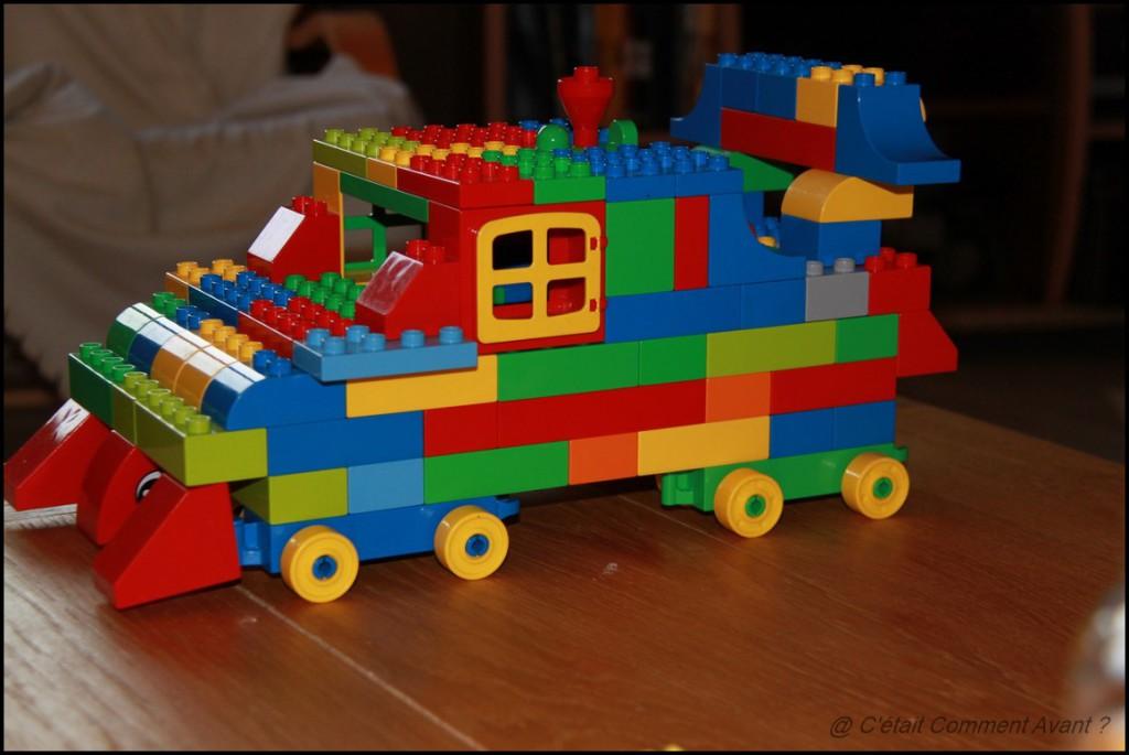 Construire une grosse voiture (un tank?) avec Papa Pikoti