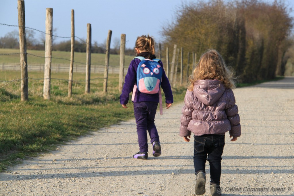 Suivre les pas de sa soeur