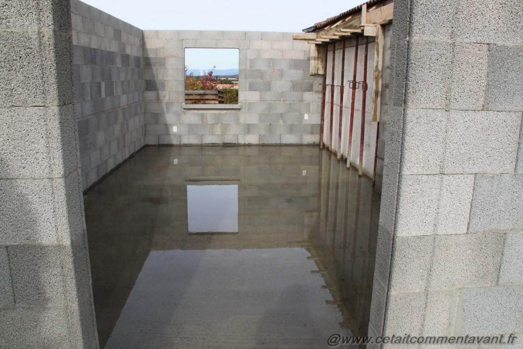 De l'eau dans notre future maison (avec une grosse pensée aux personnes du sud)